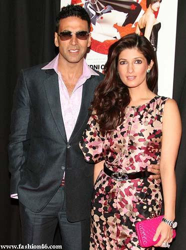 Akshay Kumar Sings a Song for Twinkle Khanna
