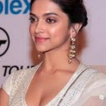 Deepika Padukone Celebrate Her Birthday With Family Unit-14
