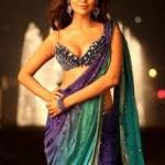 Esha Gupta Women Look Sexy Doing Action Onscreen-11