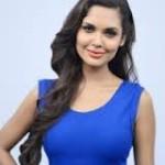 Esha Gupta Women Look Sexy Doing Action Onscreen-15