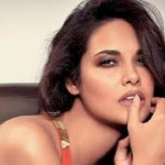 Esha Gupta Women Look Sexy Doing Action Onscreen-18