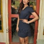 Esha Gupta Women Look Sexy Doing Action Onscreen-5