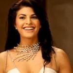Jacqueline Fernandez seduces Saif Ali Khan in Race 2-5