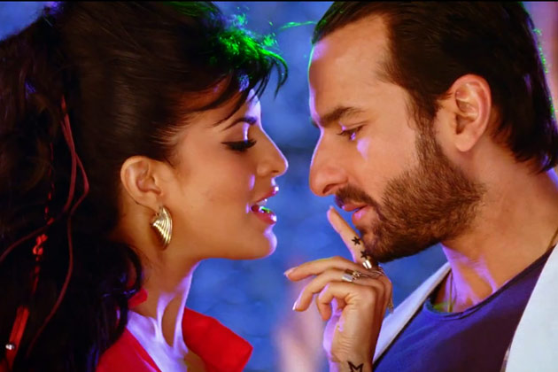 Jacqueline Fernandez seduces Saif Ali Khan in Race 2