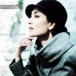 Kareena Kapoor Ranks Stylish Actress by Karisma Kapoor-12