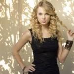 Michael J. Fox Criticizes Taylor Swift-12