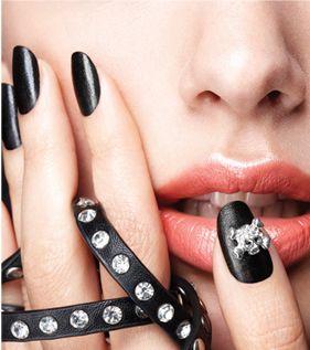 skull nail, simple fingernail polish designs, nails for halloween, fingernail polish design, nail products, nail paint, photos on nails, nails design, nail and nail art., nail designs, nail design, nails nail