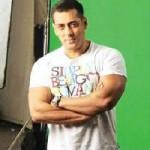 Salman Khan wanna work with Tabu and Naseer-3