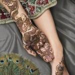 Latest Beautiful Hand Mehndi Henna Designs 2013-11