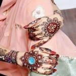 Latest Beautiful Hand Mehndi Henna Designs 2013-13