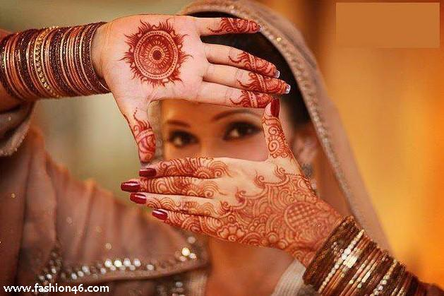 Latest Beautiful Hand Mehndi Henna Designs 2013