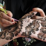 Newest Mehndi Designs 2013 For Girls-4