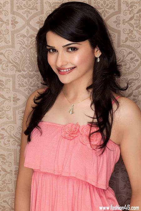 Bollywood gossips, celebrity news, indian pictures gallery, prachi desai wallpaper, prachi desai pictures, hot prachi desai, prachi desai photos, prachi desai movies, prachi desai hot, prachi desai, indian bollywood movies, latest hindi movies, bollywood films 2013, hindi movies 2013, i me aur main