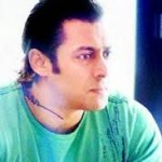 Salman Khan Gives Medical Aid to Cancer Patients-15