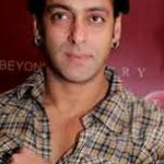 Salman Khan Gives Medical Aid to Cancer Patients-16