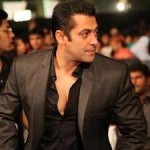 Salman Khan Gives Medical Aid to Cancer Patients-4