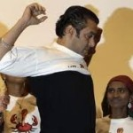 Salman Khan Gives Medical Aid to Cancer Patients-6