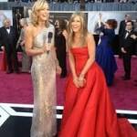 Jennifer Aniston Discovers Snake Skin Pedicures-6