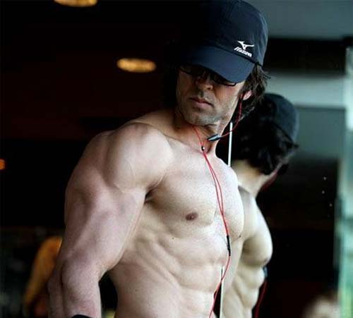 Hrithik tweets, No body double for Krrish 3