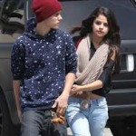 Justin Bieber & Selena Gomez Finally Stop Talking-7