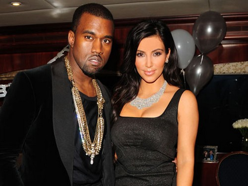 Kanye West Wants Kim Kardashian & North to Come On Tour