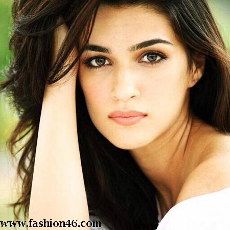 latest heropanti actress, latest bollywood actress, bollywood celebrity news, bollywood hot celebrity, celebrity fashion, celebrity fashion news, bollywood upcoming film, kriti sanon next film, kriti sanon hot pics, kriti sanon pictures, kriti sanon new film with akshay, singh is bling, tiger shroff, hot actress
