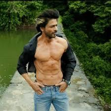 Is Shah Rukh Khan Copying Salman Khan by Going Shirtless-3