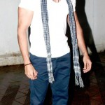 Latest Hrithik Roshan Pictures and his fetish for hats-2