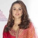 Preity Zinta Sabyasachi Outfit in MAMI 2014-6