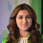 Parineeti Chopra wants public should stop saying that I dress badly-3
