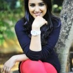 Parineeti Chopra wants public should stop saying that I dress badly-4