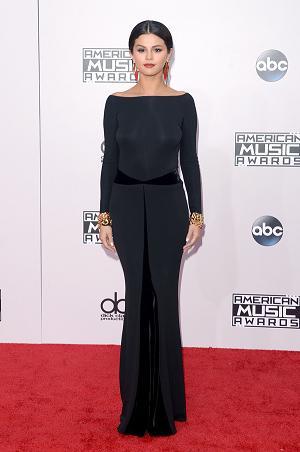 Jennifer Lawrence, Kristin Stewart and more Stylish Dressed Celebrities-7