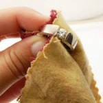 Tips for cleaning and storing diamond jewellery-04