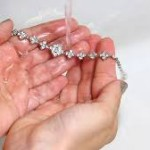 Tips for cleaning and storing diamond jewellery-06
